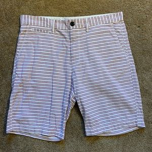 Men's Size 32 Old Navy Maroon/White Striped Shorts